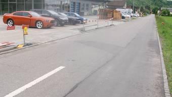 Die Weidstrasse in Kaisten wird stets zu schnell durchfahren. Verkehrsberuhigung ist hier gefragt. sh
