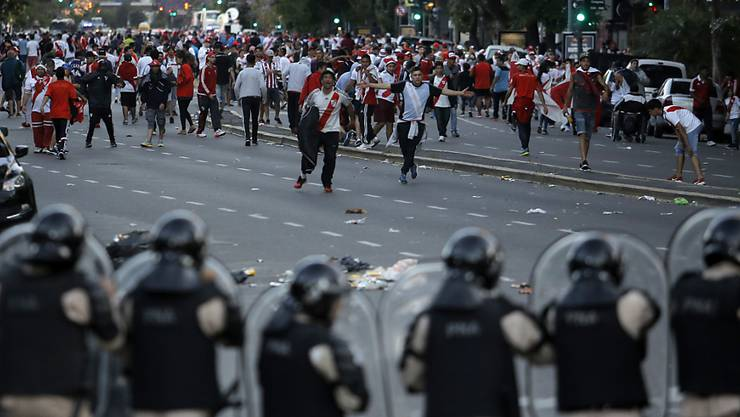 Ausnahmezustand: Duelle zwischen den verfeindeten Stadtrivalen River Plate und Boca Juniors erfordern ein grosses Polizeiaufgebot