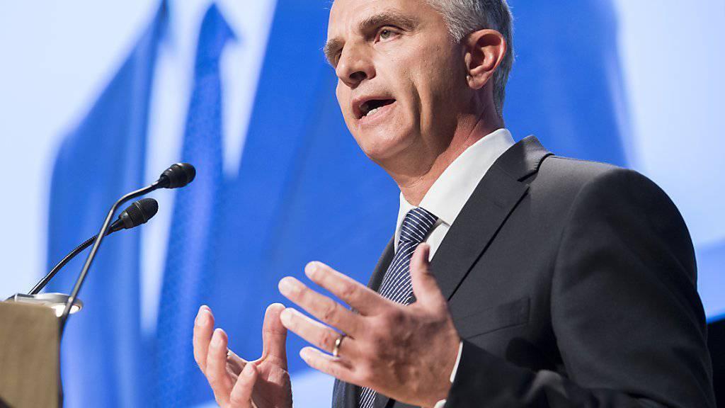 Bundesrat Didier Burkhalter bei einem Auftritt an der Delegiertenversammlung der FDP am Samstag in Thun.