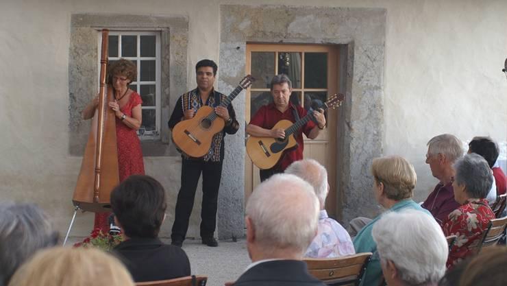 Das Harfenkonzert mit Verena Wüthrich und den beiden Musikern und Sängern Javier Miers und Juan Aguilera wusste zu begeistern.