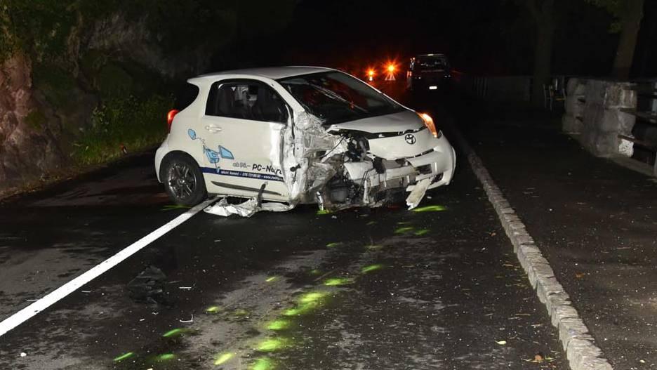 17-Jähriger baut betrunken Unfall und lässt Auto stehen