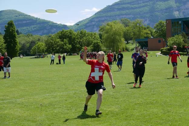 Frisbee im Anflug