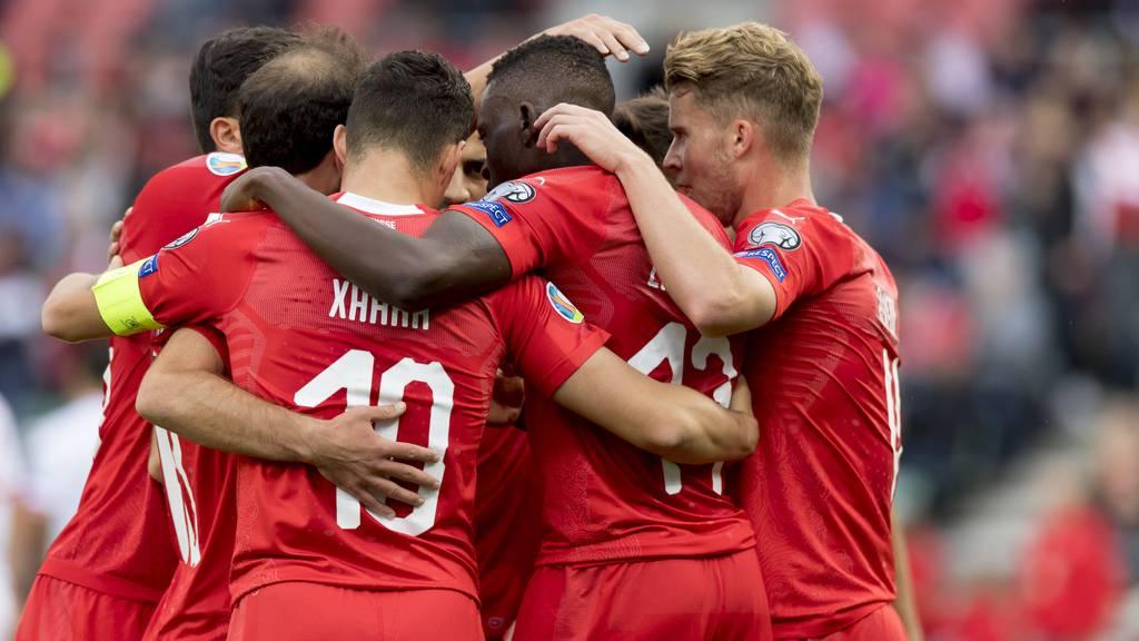 Schweiz gewinnt gegen Gibraltar mit 4:0