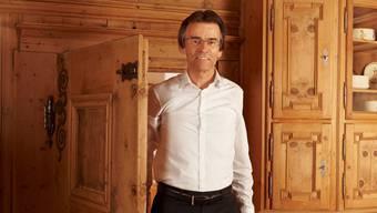 Swica-Gründer Hans-Ueli Regius in seinem Hotel Romantica Val Tuoi in Guarda (GR).