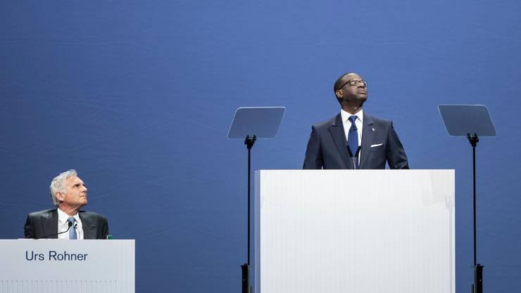 Kommt der Geldregen? Urs Rohner und Tidjane Thiam, Verwaltungsratspräsident und CEO der Credit Suisse an einer Generalversammlung