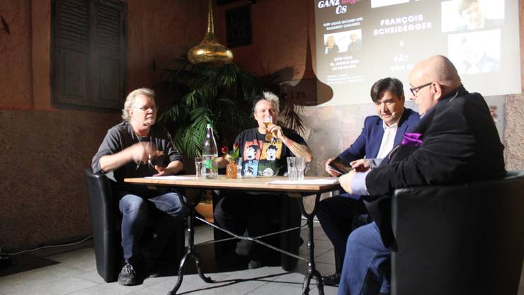 Smalltalk mit Kurt Gilomen, Patrick Züst, François Scheidegger und Dagobert Cahannes (von links)