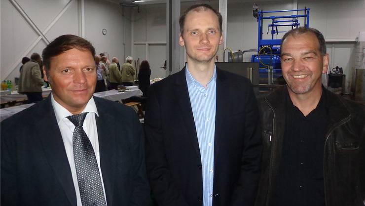 Eugen Voronkov (Mitte) ist neuer Präsident, Claudio Wolte (links) und Rolf Häusler sind neue Mitglieder des FDP-Vorstandes.zvg