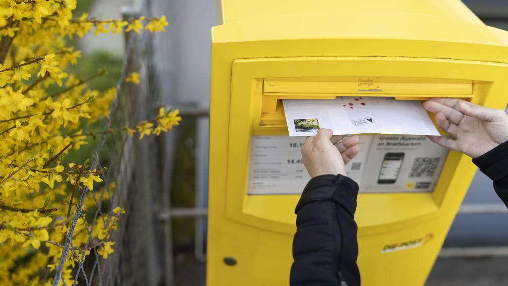 Briefe bleiben länger in den gelben Briefkästen liegen