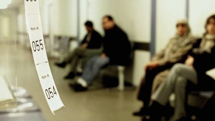 Der Angeklagte lebt seit Jahren von Sozialhilfe. (Symbolbild)