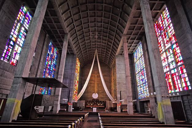 In der Antoniuskirche finden Gottesdienste statt, doch die Glöcken bimmeln auch ausserhalb der Messezeiten.