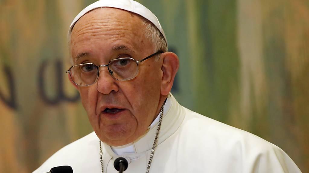 Papst kritisiert Proteste gegen Corona-Schutzmassnahmen