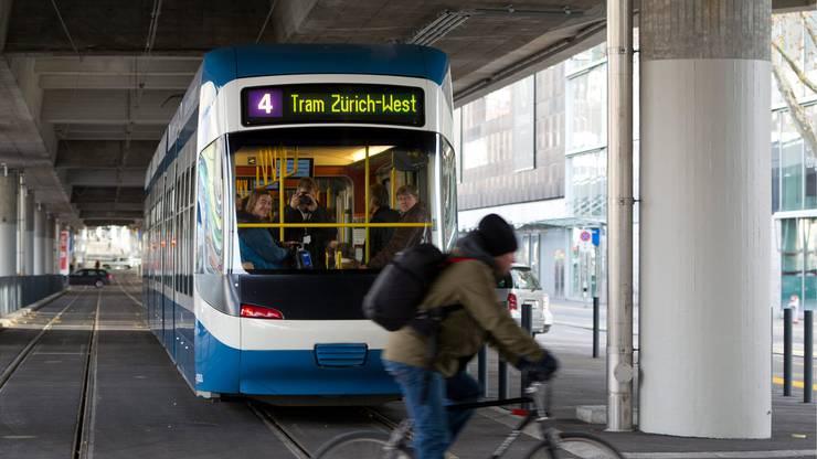 Beim öffentlichen Verkehr sollen 189 Millionen eingespart werden.