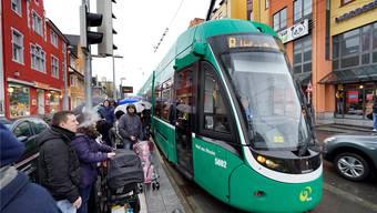 Ab 14. Dezember verkehrt das 8er-Tram unter der Woche am Nachmittag im 7,5-Minuten-Takt nach Weil am Rhein, aktuell fährt es alle 15 Minuten.
