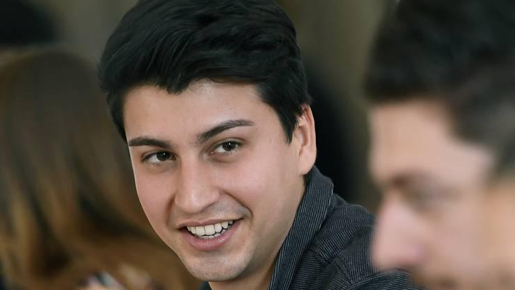 Der 27-jährige Fabian Molina wird im Nationalrat offiziell Nachfolger von Tim Guldimann.