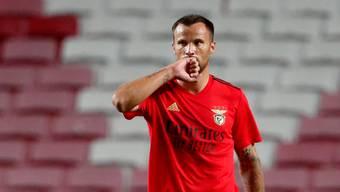 Matchwinner: Haris Seferovic wendet mit zwei Toren eine Benfica-Blamage ab.