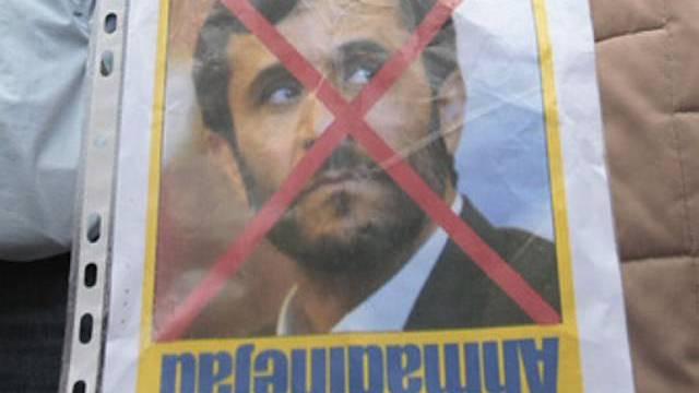 Demonstration gegen Irans Präsidenten Mahmud Ahmadinedschad (Symbolbild)