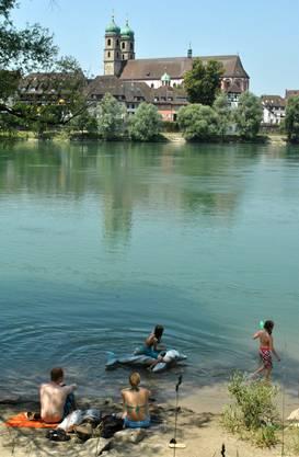 Am Rhein: Stein im Fricktal