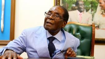 Simbabwes Ex-Präsident Robert Mugabe sieht sich als Teil der Zukunft des Landes - obwohl er vom Militär abgesetzt wurde.