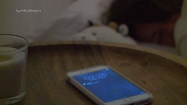 Berner Jugendliche schlafen zu wenig