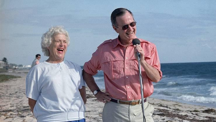Barbara und George H.W. Bush im Jahr 1988. Ihr Gatte war während vier Jahren US-Präsident.