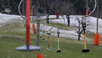 In diesem Winter wartete der STV Wegenstetten bisher vergeblich auf ausreichend Schnee, um den Lift zu starten.
