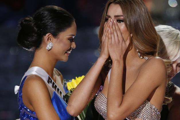 Miss Kolumbien Ariadna Gutierrez (rechts) und Miss Philippinen Pia Alonzo Wurtzbach