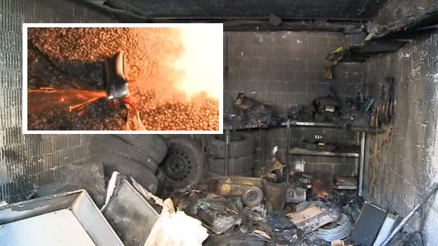 Weil sich ein Li-Po-Akkus (kleines Bild) entzündete, brannte diese Garage in Aarburg komplett aus.