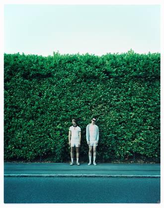 Das Schweizer Duo Klaus Johann Grobe begeistert mit seinem dritten Album.