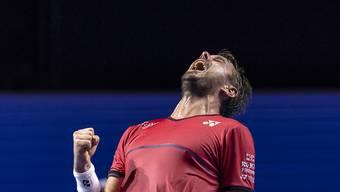 Wawrinkas grosse Freude nach dem verwerteten Matchball - eine Stunde später gibt er wegen Rückenproblemen den Viertelfinal gegen Federer Forfait