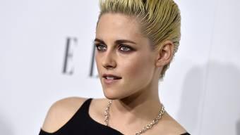 Nach einer stressigen Stop-and-Go-Beziehung mit der Filmproduzentin Alicia Cargile scheint die Schauspielerin Kristen Stewart jetzt mit der Sängerin St. Vincent ihr Glück gefunden zu haben. (Archivbild 25.10.)