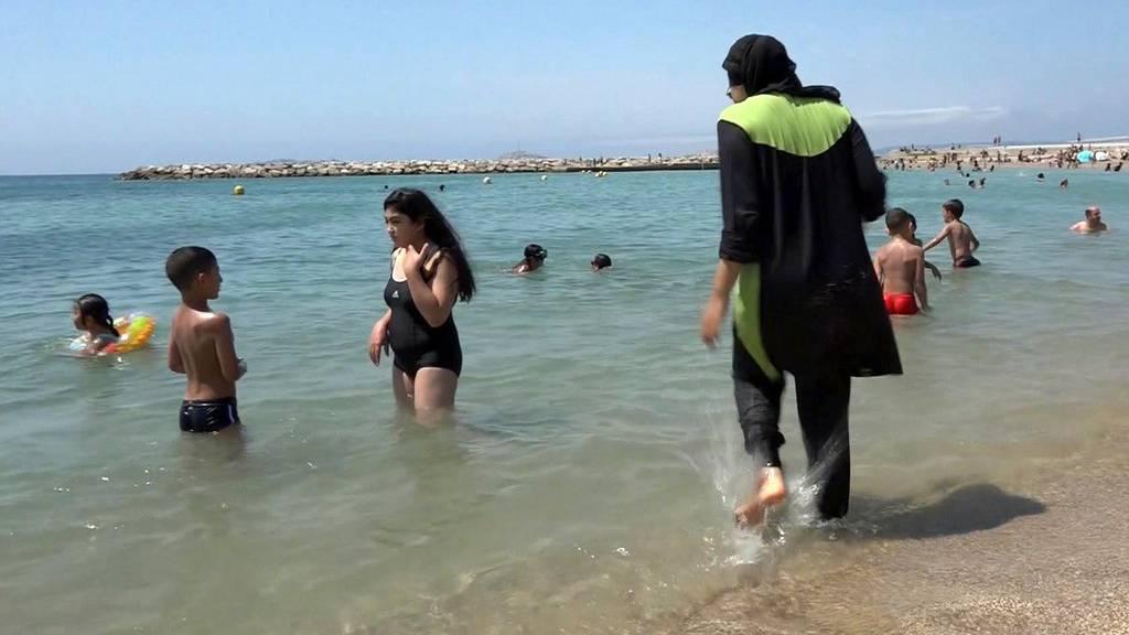 Die Ganzkörper-Schwimmanzüge dürfen wieder getragen werden.