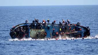 In diesem Jahr sind bereits über 1000 Menschen auf der Flucht nach Europa gestorben. (Archiv)
