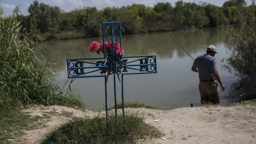 An der Grenze zwischen den USA und Mexiko gibt es in den ersten sieben Monaten des laufenden Jahres rund 17 Prozent mehr Tote als im Vergleichszeitraum des Vorjahres.