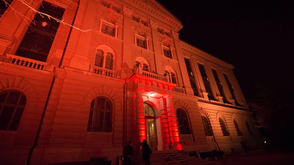 Spektakuläre Lichtaktion: Veranstaltungsbranche leidet stark unter Coronakrise