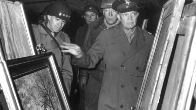 Die US-Armee entdeckt 1945 Raubkunst in Deutschland (Archiv)