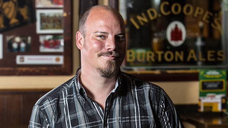 Der 39-jährige Marco Hunziker im Mr. Pickwick Pub in Baden, das er fast 12 Jahre lang geführt hat.