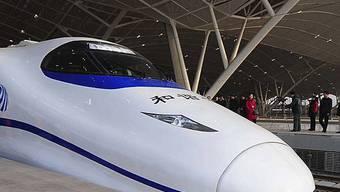 Zigarettenqualm bringt Chinas neuen Hochgeschwindigkeitszug zum Erliegen