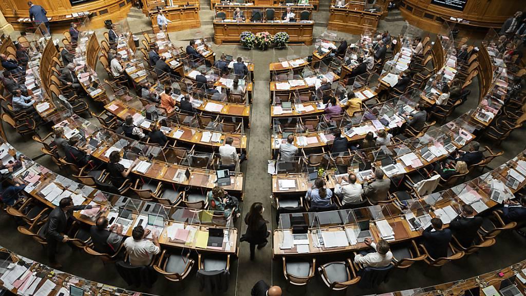 Nationalrat debattiert über die künftige EU-Politik der Schweiz