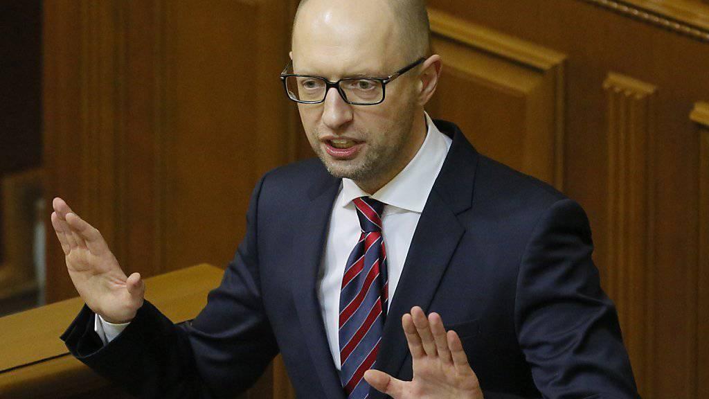 Jazenjuk warb im Parlament für seinen Kurs