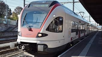 Die S-Bahn-Linie 25 von Muri nach Brugg ist im Freiämter ÖV-Netz nie richtig angekommen – direkte Busanschlüsse sind fast überall nicht gegeben.