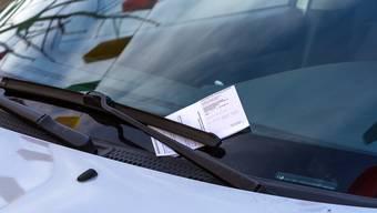 Bussenzettel mit Einzahlungsschein wird es in Baden nicht mehr geben. (Symbolbild)