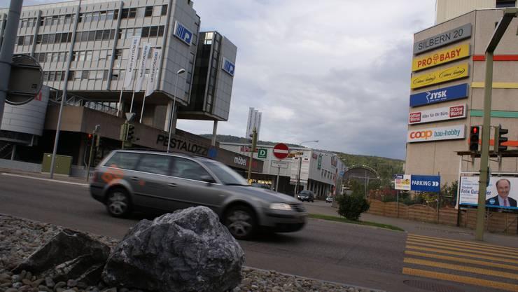 Über die Planung im Gebiet Silbern-Lerzen-Stierenmatt wird das Dietiker Stimmvolk befinden können - frühestens im Februar 2012.