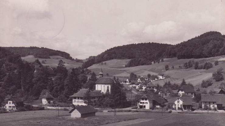 Abgebildet ist ein Teil Uerkheims Richtung Hinterwilerstrasse.
