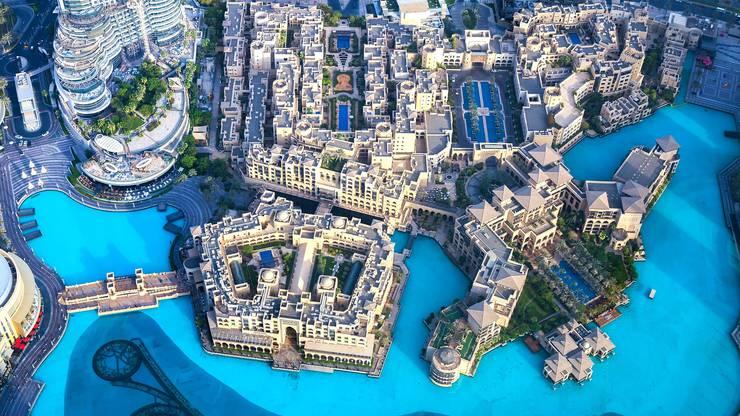 Richtung Osten geht es dann nach Dubai in die Arabischen Emirate. Dort gibt es heisse Temperaturen fast das ganze Jahr durch.