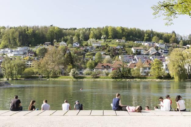 26 Grad zeigte das Thermometer an diesem Tag an. Es ist einer von drei Sommertagen in Aarau.