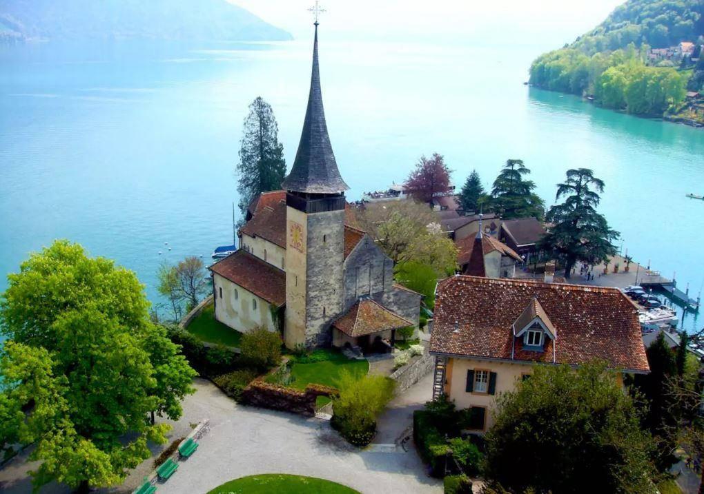 Schloss «Le Roselier» in Spiez