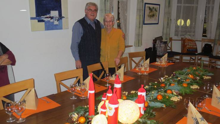 Jedes Jahr zeichnen Vreni und Willi Schneeberger für eine spezielle und festliche Tischdekoration verantwortlich.