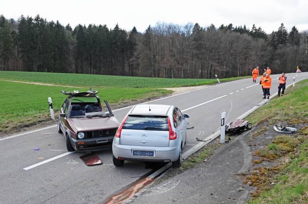 Mit weisser Kreide wurde der Unfall auf der Strasse bereits eingezeichnet