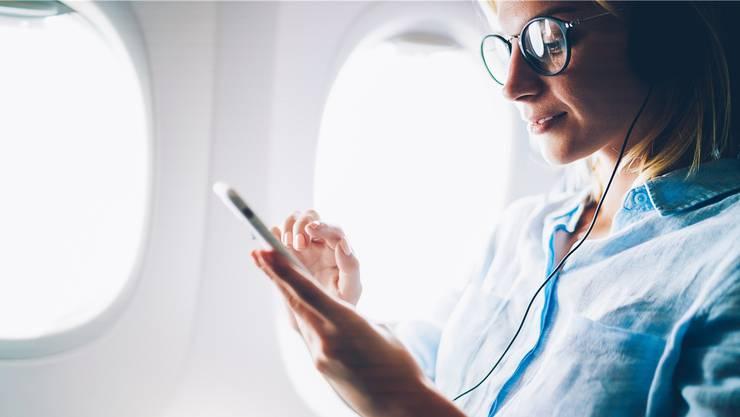 Immer mehr Airlines bieten Internet an Bord an. Die Preisunterschiede sind aber beträchtlich.