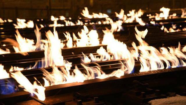 Brennende Zuggleise in Chicago (© Metra Rails)